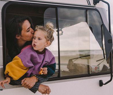 Marta Greber od lat podróżuje. Od czterech towarzyszy jej córka.