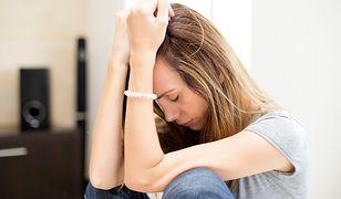 Depresja coraz częściej dotyczy młodych osób.