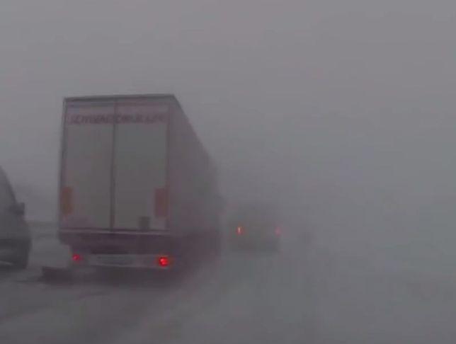 #dziejesiewmoto: autostradowy karambol spowodowany mgłą