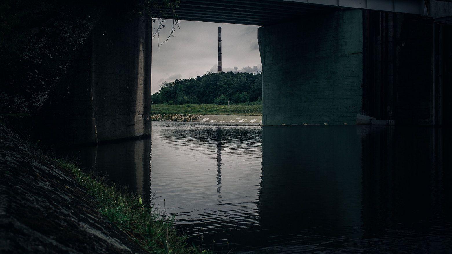 Stopień wodny przy elektrowni Dąbie w Krakowie