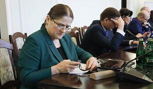 Krystyna Pawłowicz to jedna z najbardziej aktywnych posłanek w internecie