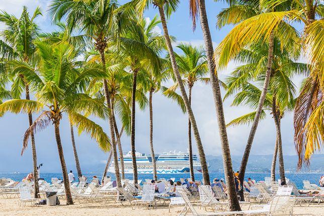 """Popularnym kierunkiem, do którego latają """"czartery"""" jest również Dominikana. W tym przypadku zdecydowanie bardziej opłaca się podróżowanie z biurem podróży"""