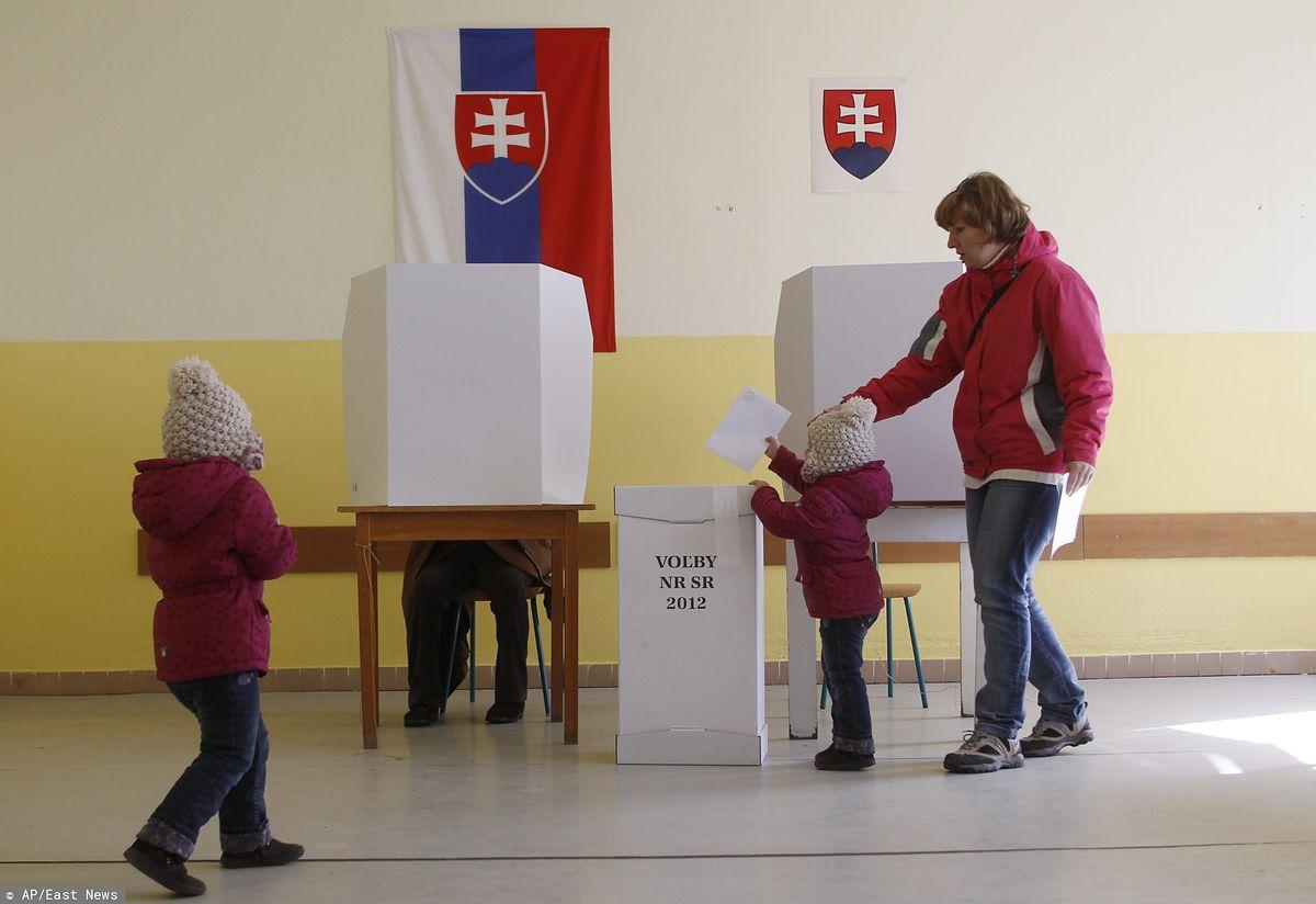 Słowacja wprowadzi zakaz sondaży na 50 dni przed wyborami. Poseł PiS: to dobry pomysł