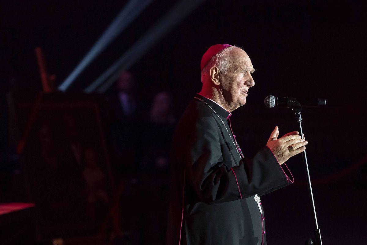 """Polscy biskupi uderzają w Trzaskowskiego. """"Pogarda dla chrześcijaństwa"""""""