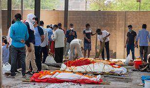 Indie zmierzają do katastrofy. Pielgrzymi i politycy w ogniu krytyki