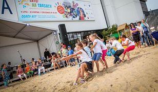 Usypują plażę na targach w Poznaniu - będą turnieje sportowe, gry, zabawy i kino!