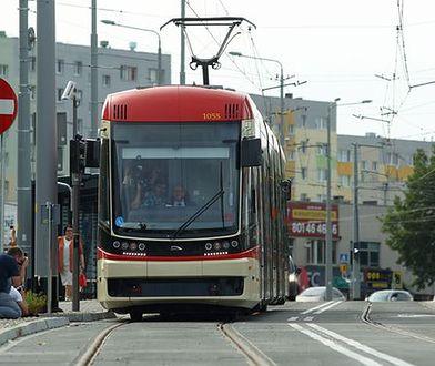 Twoje auto blokuje przejazd tramwajom? Dostaniesz mandat do 1000 zł i zapłacisz za holowanie