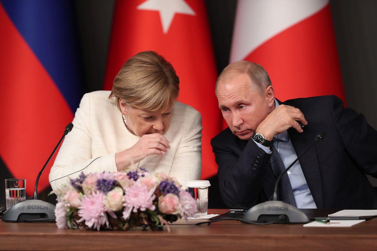 """""""Tagesspiegel"""" bije na alarm ws. odejścia Merkel. Padło nazwisko Putina"""