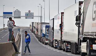 Jedną z konsekwencji twardego brexitu będą wielokilometrowe zatory na granicach
