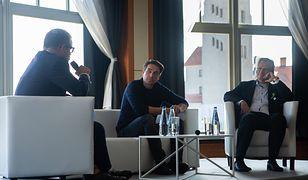 W debacie wzięli udział Reinhard Schneider oraz Marcin Dorociński. Spotkanie poprowadził Marcin Meller