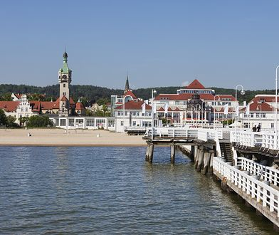Polacy planują urlopy nad morzem, ale niekoniecznie w popularnych kurortach