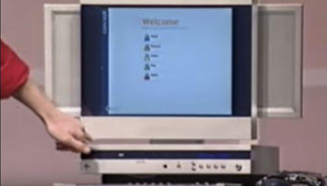 """WinHEC 2000 obfitował w wiele obietnic, które dziś możemy podziwiać w rozdzielczości 144p. Wszystkie pokazywane produkty jednak dopiero """"nadchodziły"""" (Microsoft, Chad Magendanz)"""