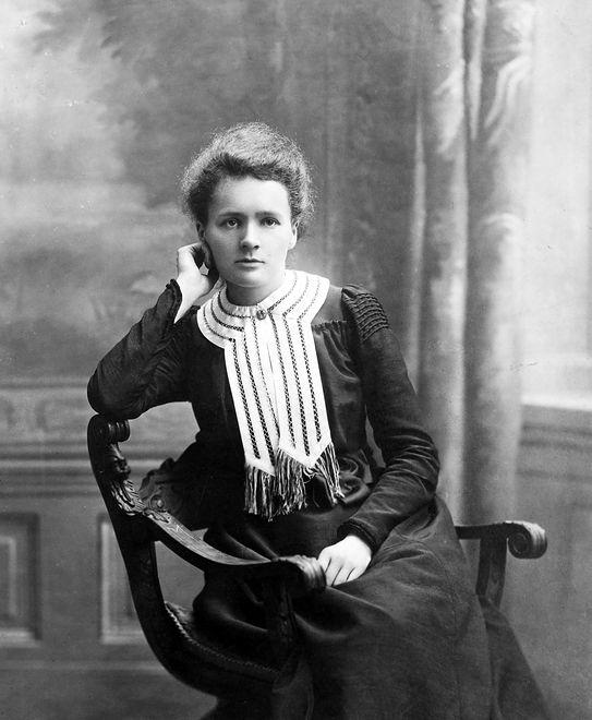 Była pierwszą kobietą z Noblem w dziedzinie fizyki