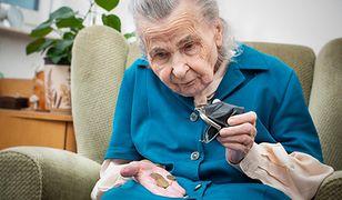 Reforma emerytalna nie pomaga seniorom. Coraz więcej idzie na bezrobocie