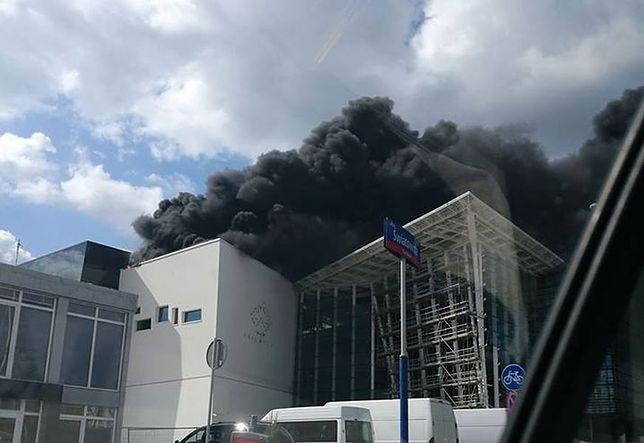 """T-mobile nadal ma kłopoty po pożarze. """"Występują jednostkowe ograniczania w działaniu niektórych usług"""""""