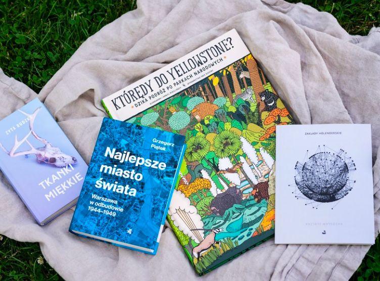 Warszawa. Powstaną punkty czytelnicze, w których znaleźć można będzie książki-laureatów warszawskiej 14. Nagrody Literackiej