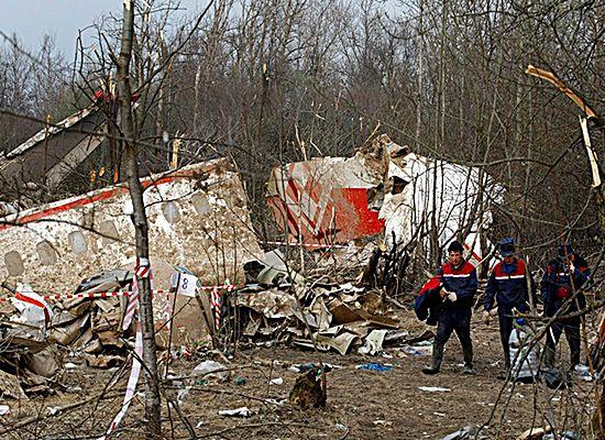 Dlaczego Polacy wierzą, że katastrofa Tu-154 to zamach?
