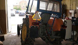 Szaleńcza ucieczka... traktorem