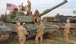 """Pancerz zamiast piechoty i więcej rakiet w Europie. US Army wraca do """"zimnej wojny"""" [Defence24]"""