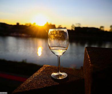 WHO alarmuje. Nawet nieduże ilości alkoholu zwiększają ryzyko raka