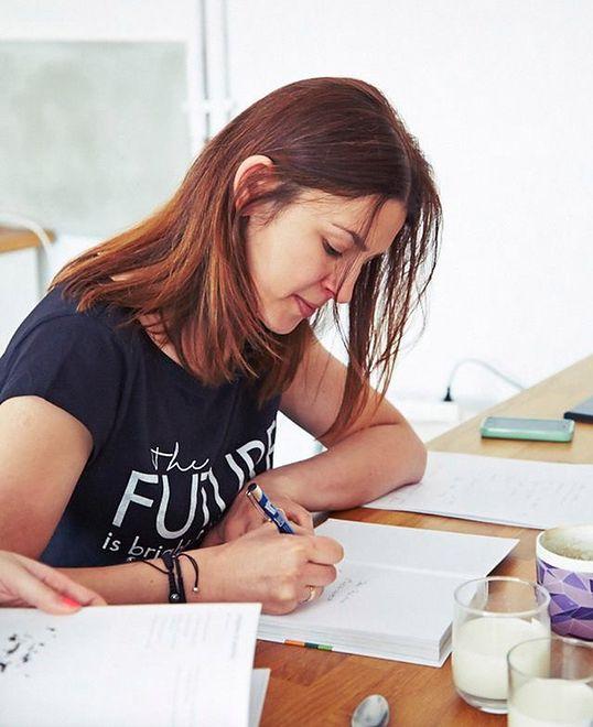 Julita Bator jest autorką książek kulinarnych