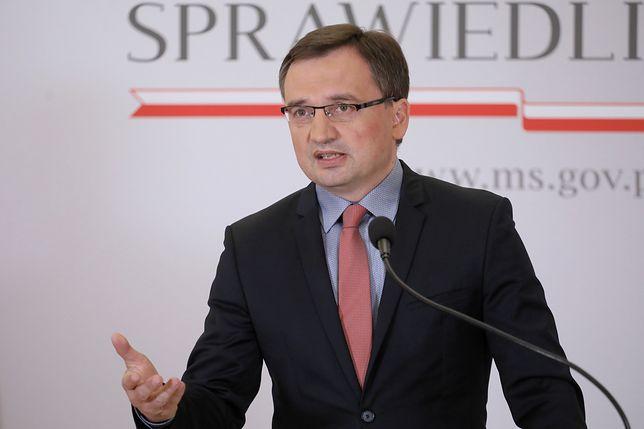 Irlandzki sąd wstrzymał ekstradycję Polaka, TSUE przyznał mu rację. Ziobro: To bulwersujące