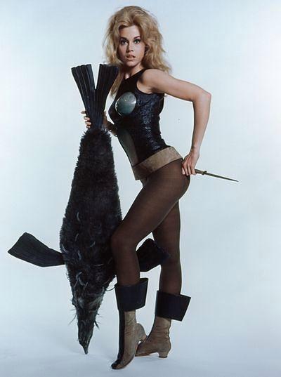Jane Fonda, czyli filmowa Barbarella nie wychodzi z formy