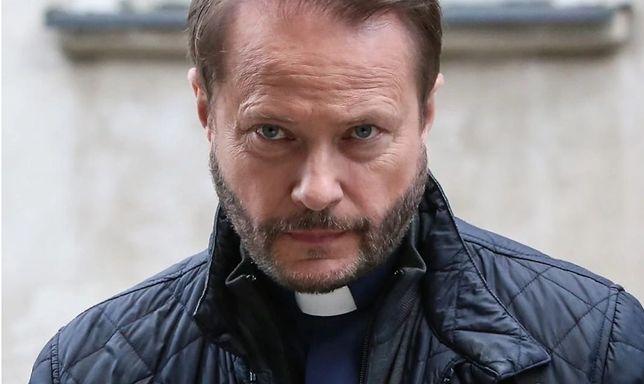 Artur Żmijewski do 13 lat wciela się w ojca Mateusza