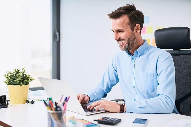 Ergonomiczne urządzenie biura zmniejszy zabójczy stres