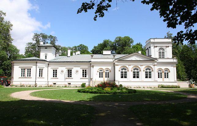 Orońsko. 40 lat obchodzić będzie Centrum Rzeźby w Orońsku, placówka znana wszystkim koneserom sztuki rzeźbiarskiej i artystom
