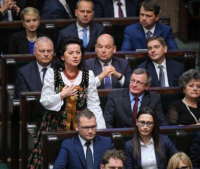 Pierwsze posiedzenie Sejmu i Senatu. Jachira, Arent, Sowińska i Paluch wyróżniały się na tle innych