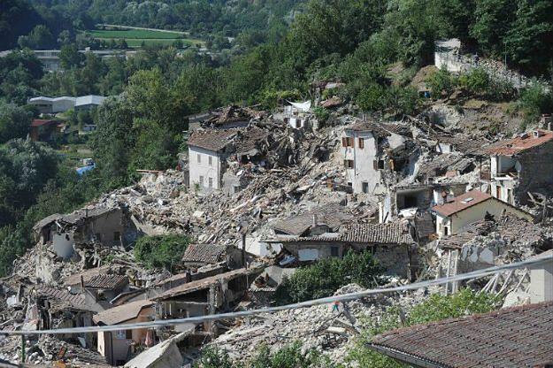 Uchodźcy ruszyli na pomoc ofiarom trzęsienia ziemi we Włoszech