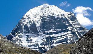 Góra Kajlas. Święte miejsce dla wyznawców czterech religii