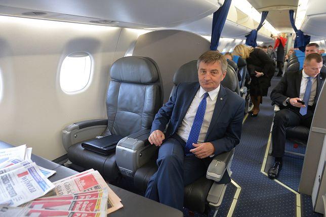 """Marek Kuchciński i afera wokół """"rodzinnych"""" lotów marszałka Sejmu"""