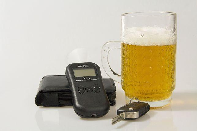 Sędzia spowodował kolizję po alkoholu.