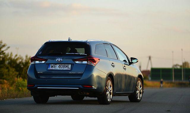 Toyota Auris Hybrid – energia pod kontrolą