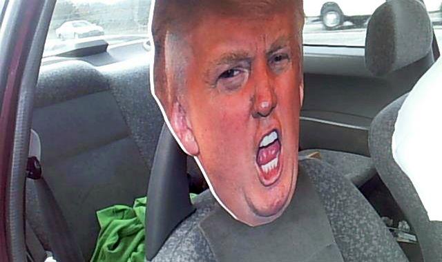 Jechał z tekturową głową Donalda Trumpa, żeby oszukać policję