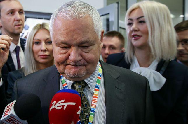 Żaden z fachowców NBP od finansów, inwestycji, IT itd nie zarabia tyle, co Martyna Wojciechowska.