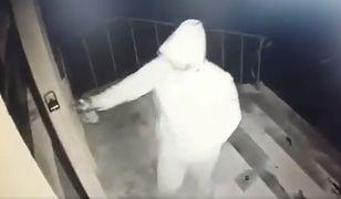 Nieznany sprawca pomalował drzwi biura poselskiego PiS