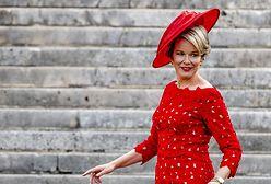Belgijska księżna Diana jak Czerwony Kapturek