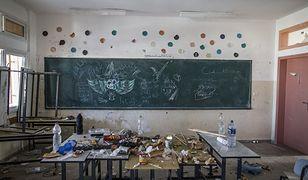 Klasa w palestyńskiej szkole, którą izraelskie wojsko używało jako swojej bazy