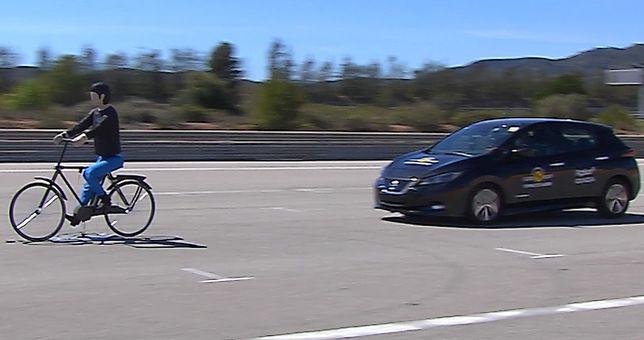 Aktywne systemy bezpieczeństwa to przyszłość poprawy bezpieczeństwa samochodów