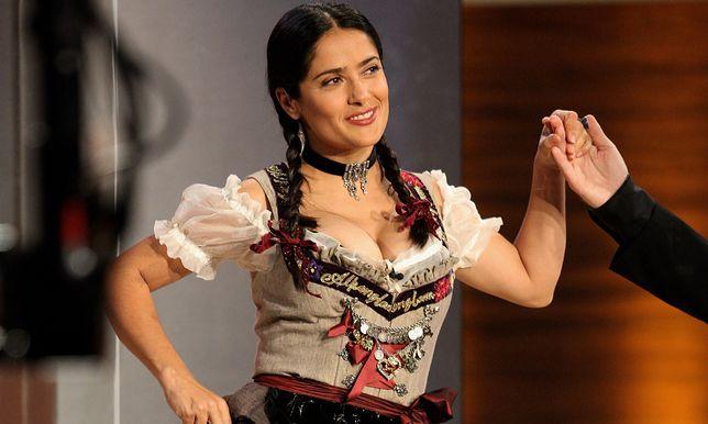 Salma Hayek w niemieckim stroju ludowym