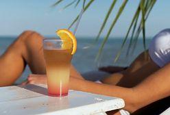 Zasady picia alkoholu w czasie upałów