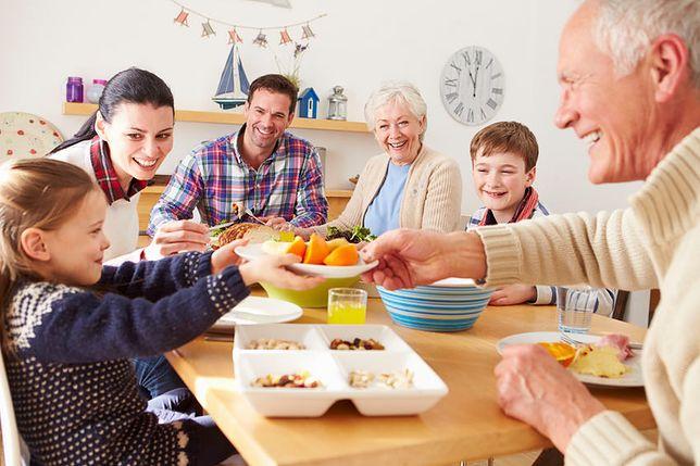 Obiad jest najważniejszym posiłkiem spożywanym przez człowieka w ciągu dnia. Przepisy na obiad