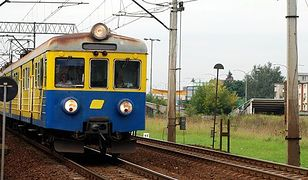 Kolejowi związkowcy nie rezygnują ze strajku; minister apeluje