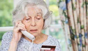 Seniorzy na celowniku oszustów. Co 10 starsza osoba była ofiarą próby wyłudzenia pieniędzy
