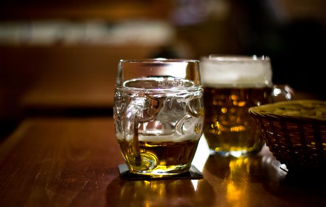 Sklepy zwiększyły liczbę promocji gazetkowych piwa bezalkoholowego.