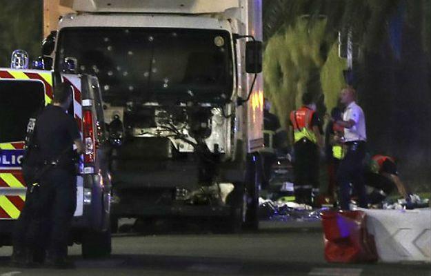 Wzrosła liczba ofiar zamachu w Nicei. Zmarł ranny mężczyzna