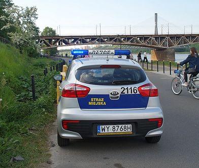 Warszawa. Dziewczynka zgubiła swoją mamę i siostrę